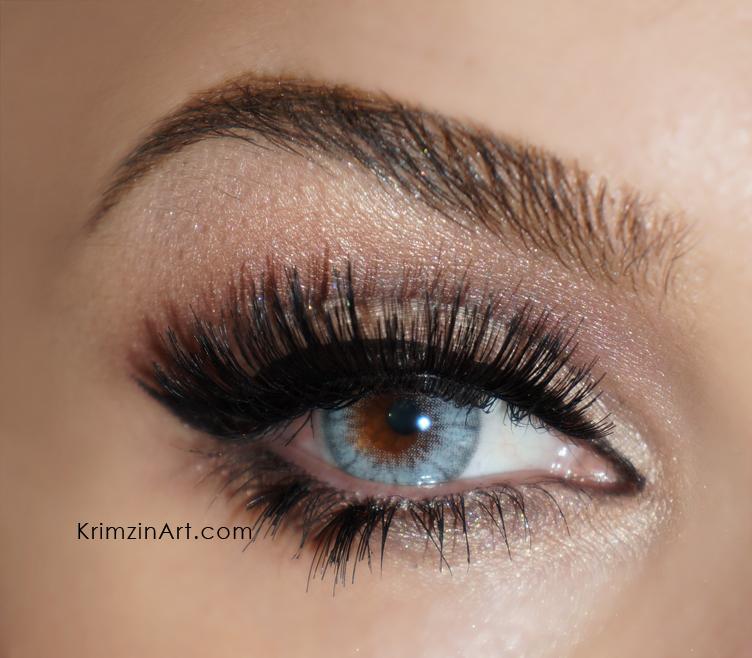 Christina aguilera's classic makeup · how to create a pin up.