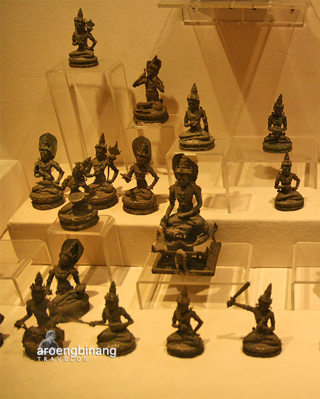 museum nasional indonesia arca nganjuk buddha tantra