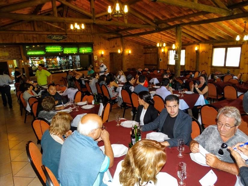 Restaurantes em Carlos Barbosa: Casa Borsoi  - Turma do city tour Vale dos Vinhedos