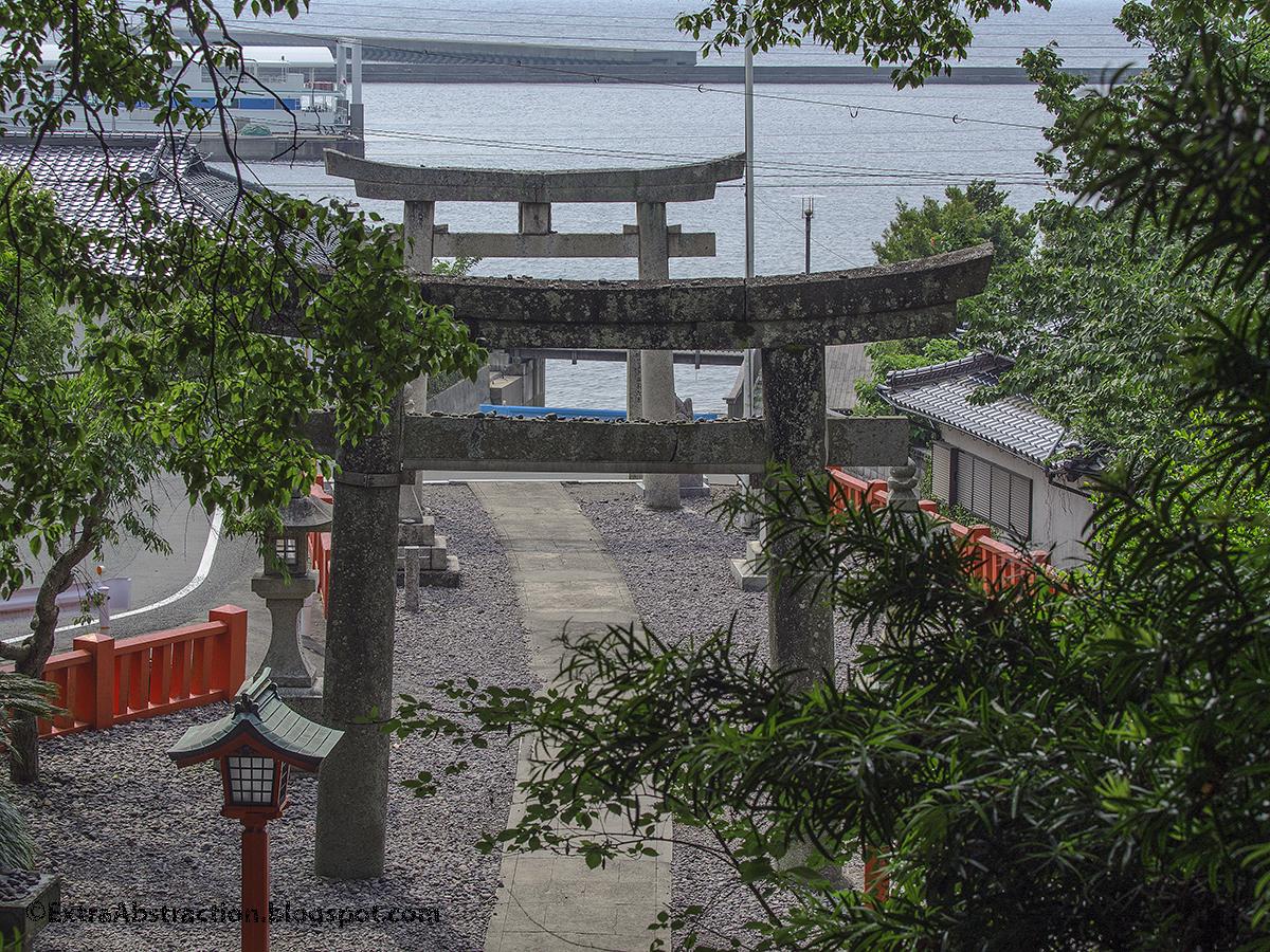 Extracting Abstract Munakata Taisha NakatsuGu In Ohshima Island