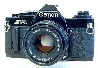 Canon AV-1, View front