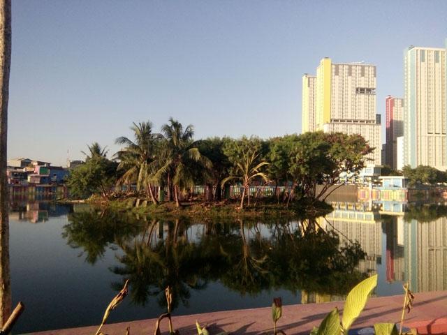 Danau Sunter, Kampung Warna-Warni dan Wisma Atlit Asian Games Enak di Lihat