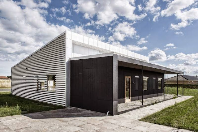Upcycle House a Shipping Container Reduce 86% of Carbon Emission