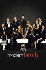 Modern Family S08E18 Five Minutes Online Putlocker