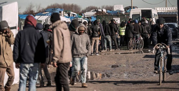 migranti cu frica in san