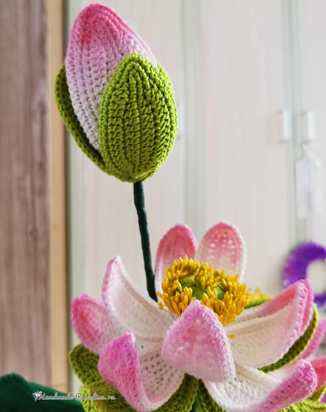 Большие цветы крючком - букет лотосов (4)