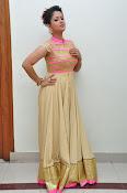 Shilpa Chakravarthy new glam pics-thumbnail-5