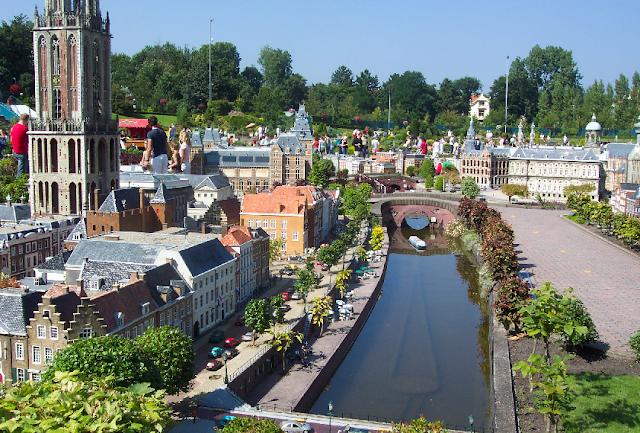 Parque temático em miniatura na Holanda