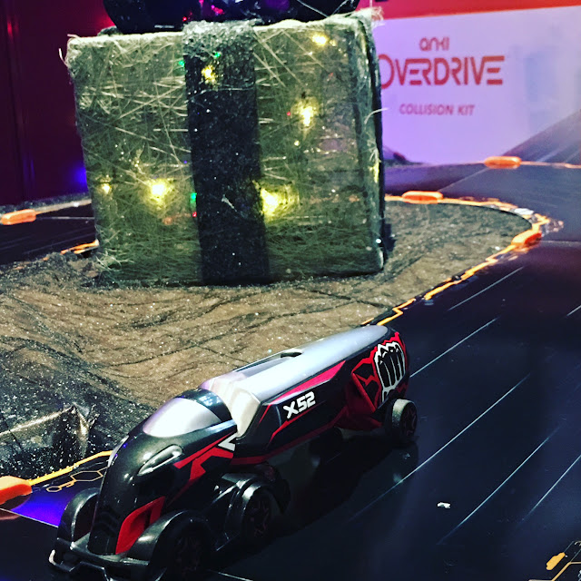 Anki Supertruck in action #ankixmas