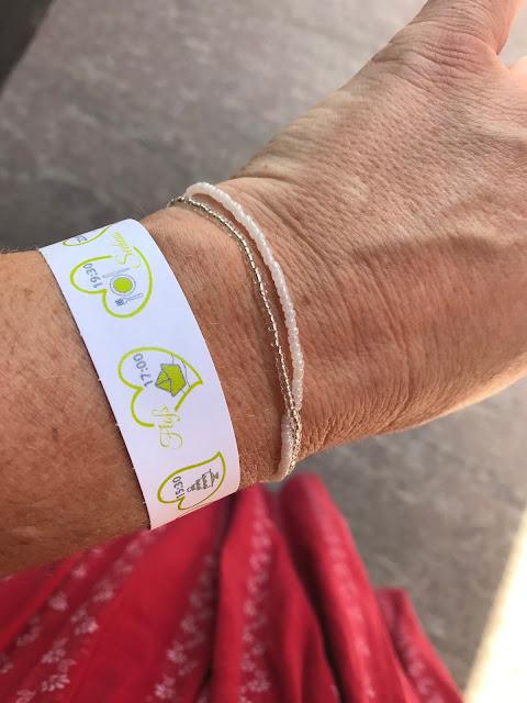 Time Line Armbänder, Hochzeit in Apfelgrün und Weiß im Riessersee Hotel Garmisch-Partenkirchen, Hochzeitshotel in Bayern, heiraten in den Bergen am See