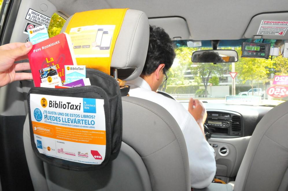 Blog-Aline-Muniz-Bibliot%25C3%25A1xi-Case Leitura em Todo Canto: Conheça um Táxi perfeito para leitores