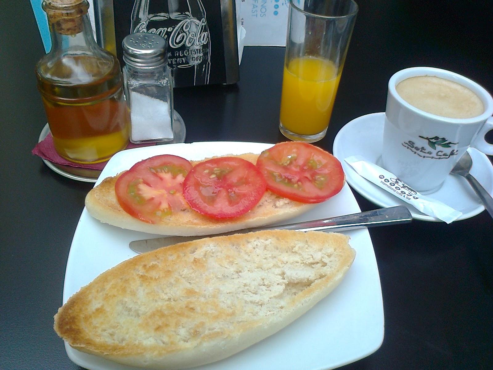 Miércoles, despues de la fiesta de D. Gato no tenemos desayuno-http://2.bp.blogspot.com/-odKYfPAeSP4/Ud_U20fZYqI/AAAAAAAABN0/qXrXQKY9_GE/s1600/Foto0891.jpg