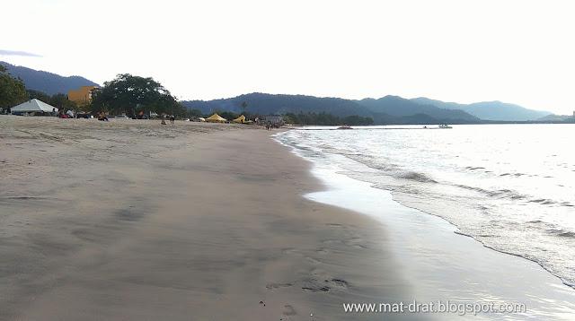 Pantai Tanjung Rhu