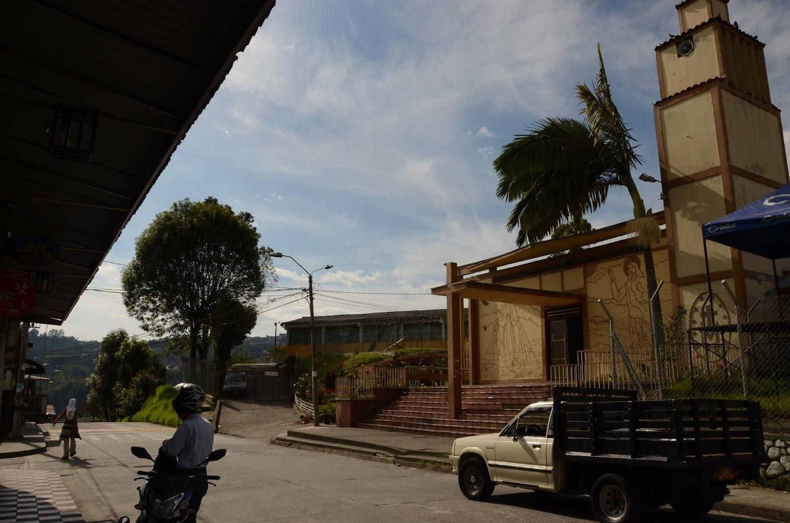 iglesia del barrio MALHABAR en manizales