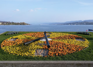 Giant clock composed of flowers along Lake Zürich, Zürich, Switzerland
