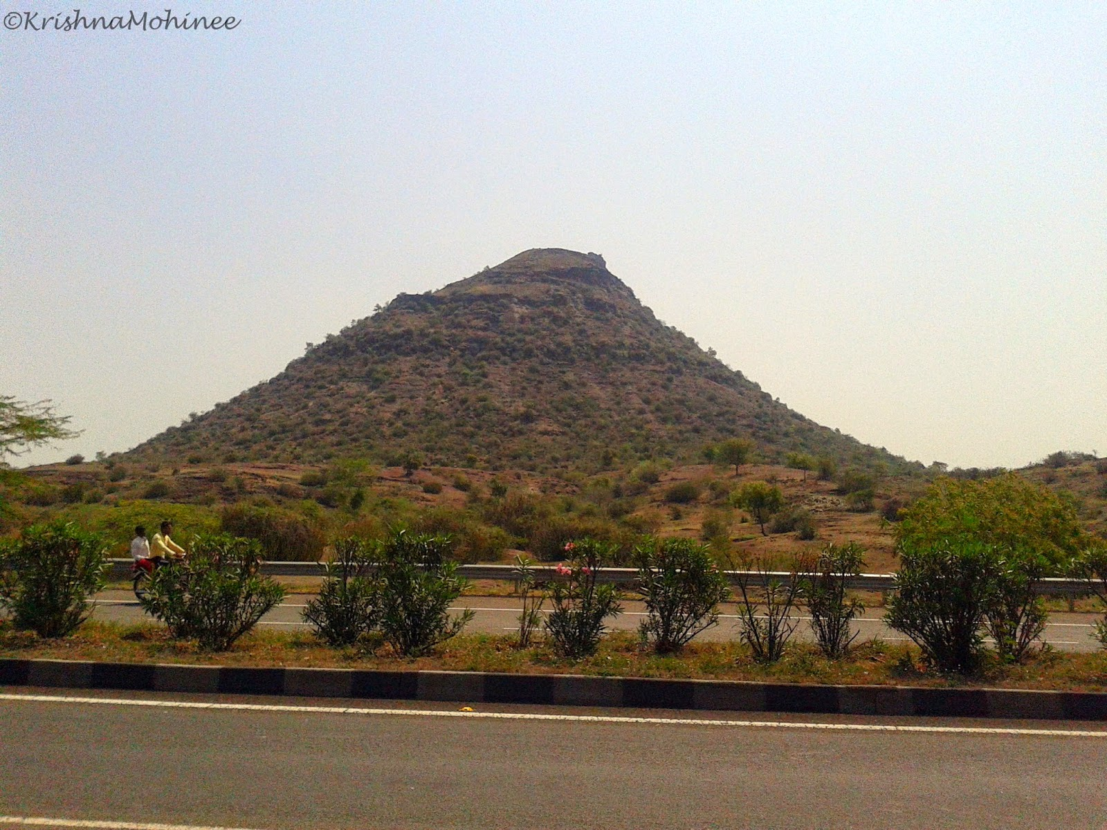 Image: Hill near Mumbai-Agra Highway