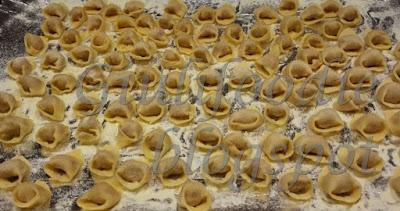 timballo, tortellini, ragù bolognese, besciamella, pasta brisée