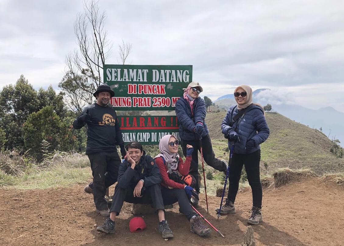 Puncak Gunung Prau - Foto Team Bala-Bala