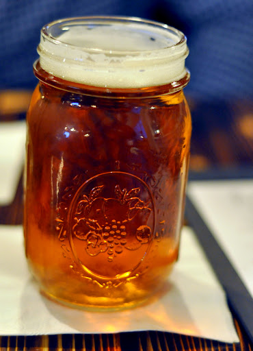 Mason-Jar-Beer-The-Bayou-Bethlehem-PA-tasteasyougo.com