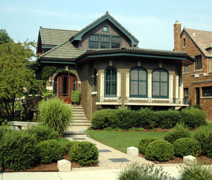 Ontario Park Bungalow Blog: Our Tiny Oak Park Bungalow: Oak Park Bungalows