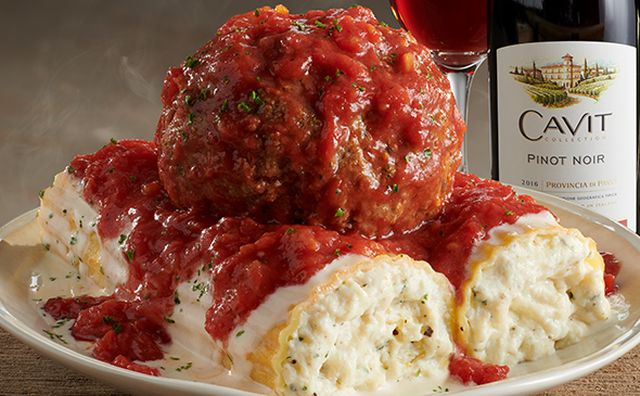 olive garden launches giant manicotti as part of new big italian classics menu - Olive Garden Chico