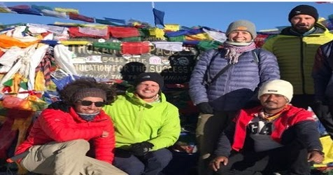 Complete guide whole being on Annapurna Circuit trek