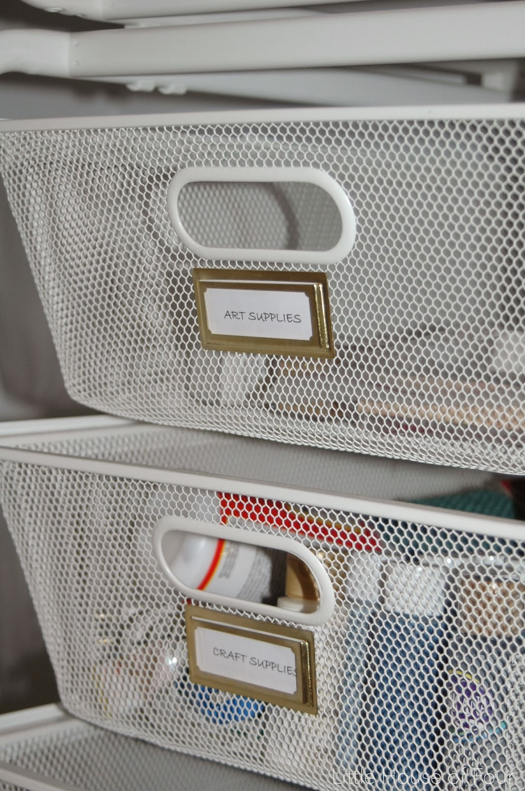 Labels on Ikea's Algot system