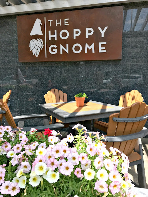 The Hoppy Gnome is a local brewery & family friendly restaurant all in one making it the perfect place to dine for craft beer loving parents & their kiddos.