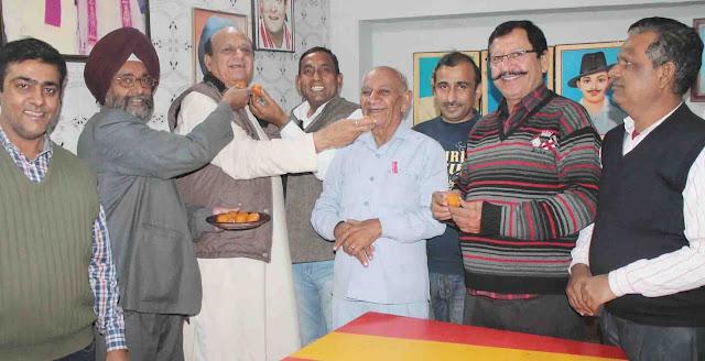 Gulshan Baga shared sweet when Rahul Gandhi became Congress president