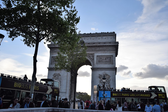 Arc De Triompe | Best of Paris in evening, an evening in Paris#Paris #Travel