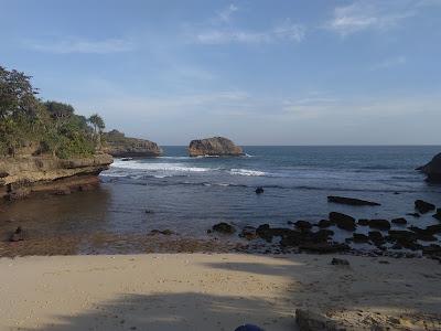 Teluk Putri, The Favorite of Youth, teluk putri pantai ngliyep, teluk putri malang