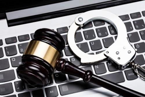 تعرف على أنواع الجرائم الإلكترونية وكيفية التبليغ عنها