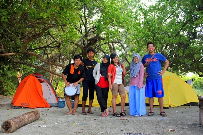 Cantiknya Pulau Payung