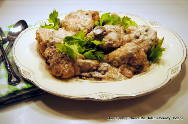 Crock Pot Buttermilk Chicken at Miz Helen's Country Cottage