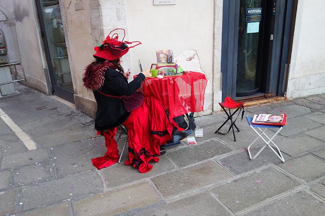 Nechte si karnevalovou masku namalovat na obličej, Benátský karneval, Benátky průvodce, kam v Benátkách, co vidět v Benátkách