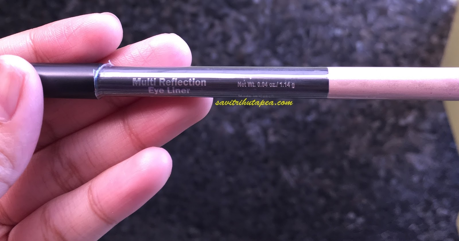 Review Lt Pro Multi Reflection Eye Liner In Sparkling Red Beauty Eyeliner Pencil Waterproof Disini Aku Melihat Pensil Ini Made Czech Seperti Contoh Lainnya