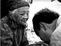 Tujuh Pesan Ibu pada Anak Lelakinya yang Mengharukan