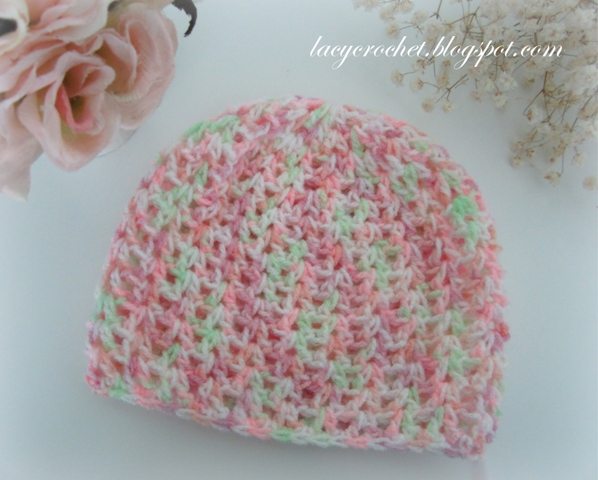 Back in February I shared my pattern for a V-stitch newborn beanie. This is  the same pattern but adjusted for a bigger size (3-6 months). 969c4808cc5