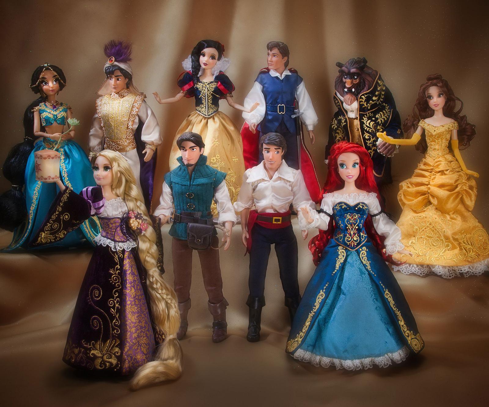 Filmic Light - Snow White Archive: 2013 Fairytale Designer ...