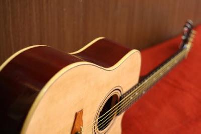 Bán Đàn Guitar Acoustic HD300 giá 1 triệu 6