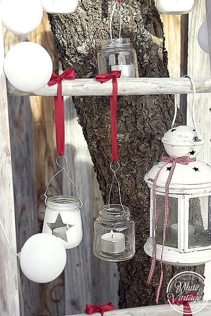 Leiter weihnachtlich schmücken