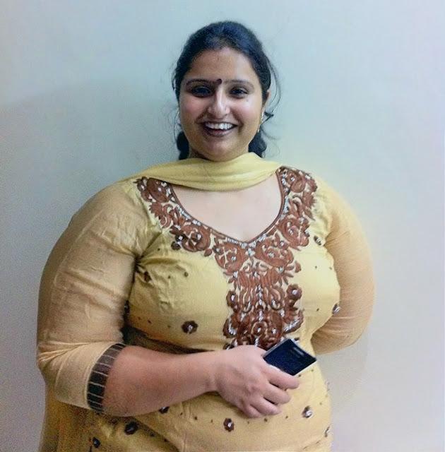 Kiraidaar Aunty Ke Sath Chudai - Desi Moti Randi