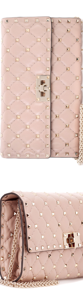 Valentino Garavani Rockstud Spike leather shoulder bag pink