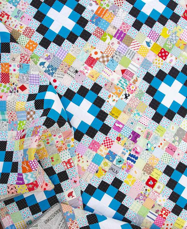Irish Chain Scrap Buster Quilt | Red Pepper Quilts 2015