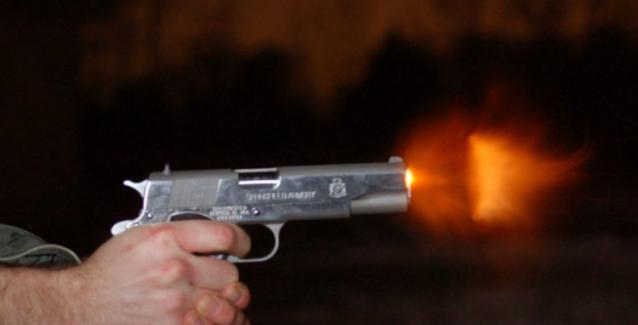 Λοχίας του Στρατού το «γλέντησε» στη Λάρισα με Πυροβολισμούς …Συνελήφθη από τη Στρατονομία