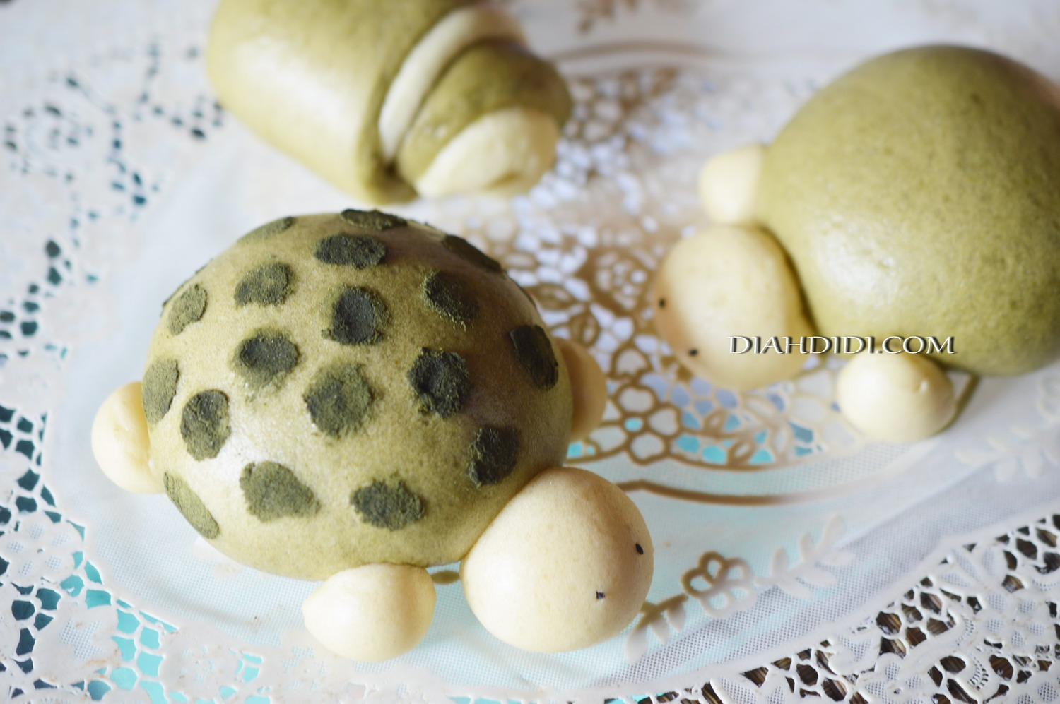 Diah Didis Kitchen Bakpao Green Tea