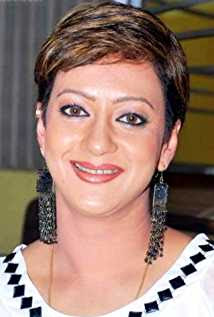 Supriya Karnik Wiki, Height, Weight, Age, Husband, Family and Biography