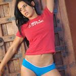 Selena Spice Camiseta Roja Foto 10