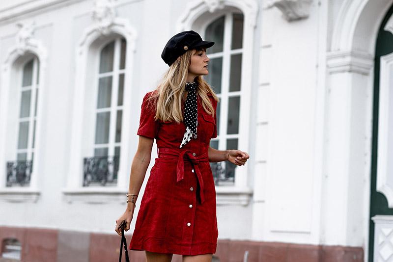 sac-chloé-faye-noir-asseenonme-idee-look-automne-2018-comment-porter-gavroche-look-de-transition-automne-indian-summer-look-baker-boy-hat