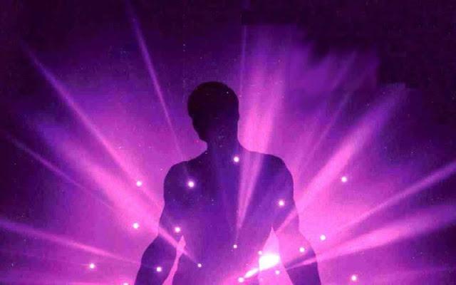 Los colores del aura. Violeta